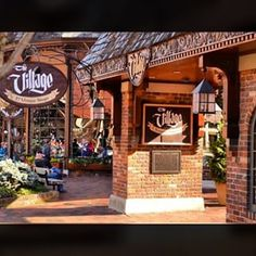 What Top 5 Pigeon Forge Restaurants Should You Visit?