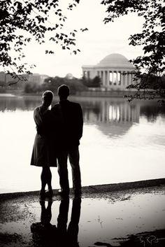 Washington DC tidal basin looking towards the Jefterson Memorial, engagement photos.