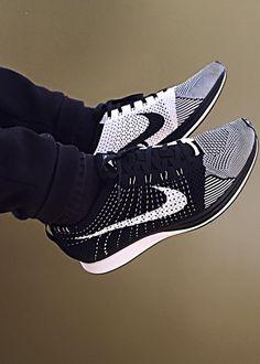 Nike Flyknit Racer - Black/White (by nick_braga)
