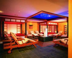 Raum der 5 Elemente - Feng Shui Superior Hotel, Feng Shui, Wellness Spa, Top Hotels, Outdoor Furniture, Outdoor Decor, Sun Lounger, Loft, Bed