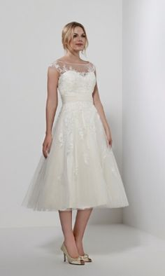 Welcome To Severn Brides Shrewsbury In Our Shop We Offer Designer Wedding Gowns Plus Size Bridal Dresses Bridesmaids And Accessories All At
