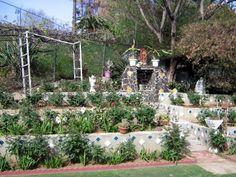 Backyard Terraced Garden w/ Guadalupe altar Home Altar, Terrace Garden, Backyard, Landscape, Plants, Gardens, Inspiration, Biblical Inspiration, Patio