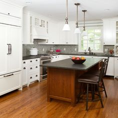 530K Traditional Kitchen Design Ideas & Remodel Pictures | Houzz