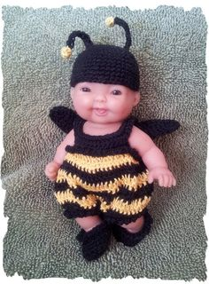 CROCHET PATTERN for Bumble Bee Costume for 5 inch by alcarrico32, $3.99