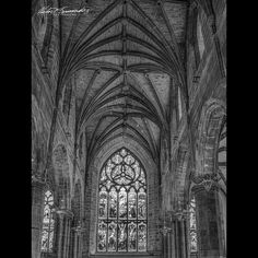 Inside #stgilescathedral #scotland #edinburgh #historical  #architecture #instagram #wanderlust #natgeotravel #bnw #monochrome #bnw_captures #instagram #photography #photoofday #nikonnofilter #nikon #streetdreamsmag #exploretocreate #blackandwhitephotography