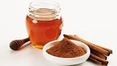 Honey and cinnamon. People of many cultures have been using honey and cinnamon to treat many different health situations for centuries. Folk wisdom still retains knowledge of the healing properties of both raw honey and cinnamon. Cinnamon Health Benefits, Honey Benefits, Honey And Cinnamon, Raw Honey, Cinnamon Powder, Cinnamon Water, Cinnamon Recipe, Ceylon Cinnamon, Manuka Honey