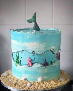 Made by Maria-Louise Cakes - Kuchen ideen - gateau anniversaire - Fancy Cakes, Mini Cakes, Cupcake Cakes, Ocean Cakes, Beach Cakes, Mermaid Birthday Cakes, Mermaid Cakes, Beach Cake Birthday, Birthday Bash