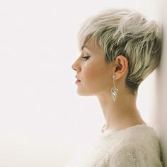 10 Latest Pixie Haircut Designs for Women – Super-stylish Makeovers  Take a look at these trendy makeovers, showcasing the latest pixie haircut designs for women of all ages! I challenge anyone to browse through . Short Pixie Haircuts, Pixie Hairstyles, Hairstyles 2018, Undercut Hairstyles, Pixie Haircut Round Face, Fine Hair Haircuts, Messy Pixie Haircut, Pixie Haircut Styles, Short Blonde Pixie