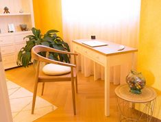 Boudoir, mon beau boudoir… - Cosy home For You Boudoir, Console, Cosy Home, Wishbone Chair, Table, Furniture, Home Decor, Home Decoration, Home Ideas