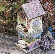 """Купить или заказать Чайный домик из зимней коллекции """"Мой зеленый Новый год"""" в интернет магазине на Ярмарке Мастеров. С доставкой по России и СНГ. Материалы: массив дуба, Дуб, натуральное дерево. Размер: --"""