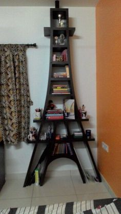 Eiffel Tower book shelf.... now I just need someone who can build it for me.