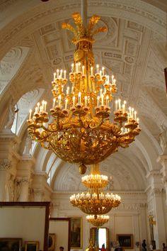 The Hermitage Museum in St. Russian Architecture, Art And Architecture, Architecture Details, Inside Castles, Twinkle Lights, Twinkle Twinkle, Elegant Chandeliers, Shine The Light, Winter Palace