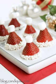 These strawberry santa hats are the perfect thing to have sitting on your table (or in your mouth) this week! They are super simple and taste awesome as well. My favorite kind of treat. All you nee. Holiday Treats, Christmas Treats, Holiday Recipes, Christmas Appetizers, Holiday Foods, Holiday Fun, Holiday Baking, Christmas Baking, Flourless Chocolate