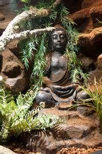 An outside Buddah
