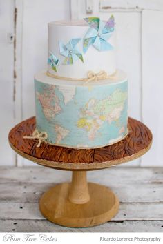 The smarter way to wed pinterest cake gold and printing world map cake gumiabroncs Gallery