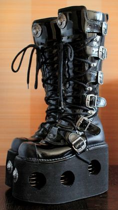 Hey, I found this really awesome Etsy listing at https://www.etsy.com/listing/399282053/r-new-rock-platform-boots-neptuno-15cm