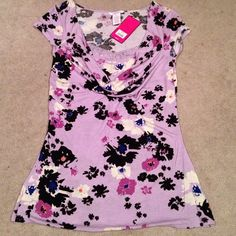 Candie's Tops - Beautiful floral top
