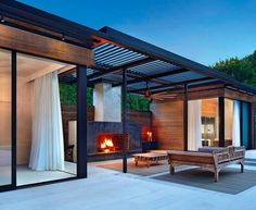 Modern villa design with swimming pool using modern tiny house exterior with swimming pool glass wall details and 8 marla house elevation design Interior Design Magazine, Contemporary Pool And Spa, Contemporary Design, Langer Pool, Conception Villa, Modern Pool House, Moderne Pools, Pool House Designs, Backyard Pavilion