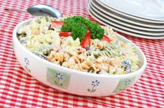 1 SC, 1 VEG Nutrisystem provides a delicious and healthy Pasta Salad recipe perfect for those who crave carbs while on a diet. Creamy Pasta Salads, Healthy Pasta Salad, Healthy Pasta Recipes, Healthy Pastas, Pasta Salad Recipes, Appetizer Recipes, Meal Recipes, Dinner Recipes, Copycat Recipes