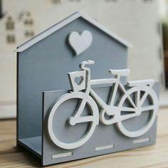 Деревянная стильная салфетница для декорирования кухонного интерьера. #vipdecor #салфетница #минск #беларусь #handmade #awesome #love #photooftheday #like #photo #velo #издерева #decor #декор #home