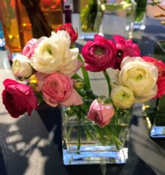 Glass Vase, Table Decorations, Furniture, Home Decor, Homemade Home Decor, Home Furnishings, Decoration Home, Arredamento, Dinner Table Decorations