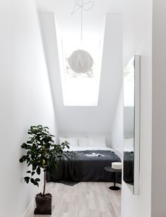 great space use of a small room