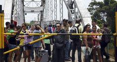 El profesor de la escuela de Estudios Políticos de la Universidad Central de Venezuela, Carlos Luna, opinó que el Gobierno de Nicolás Maduro ensaya con la