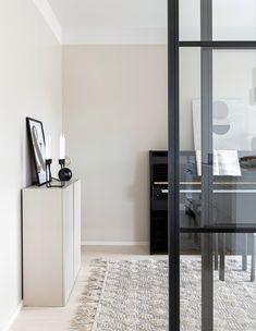 diy home decor ideas Interior Decorating, Interior Design, Home Living Room, Sliding Doors, Beautiful Homes, Modern, Minimalism, Sweet Home, New Homes