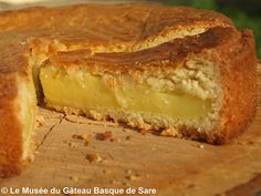 - The recipe of the traditional Basque cake of Sare proposed by the Chef. Discover the real recipe with cream or black cherry jam. Basque Cake, Basque Food, Baking Recipes, Cake Recipes, Dessert Recipes, Gateau Basque Recipe, Grape Pie, French Cake, French Food
