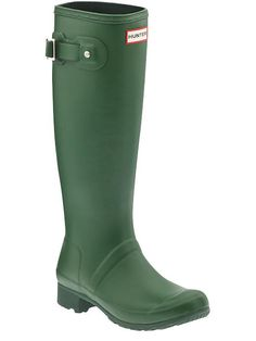 These green Hunter boots are everything!