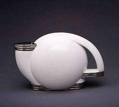 Teapot by Paul Schreckengost, 1938