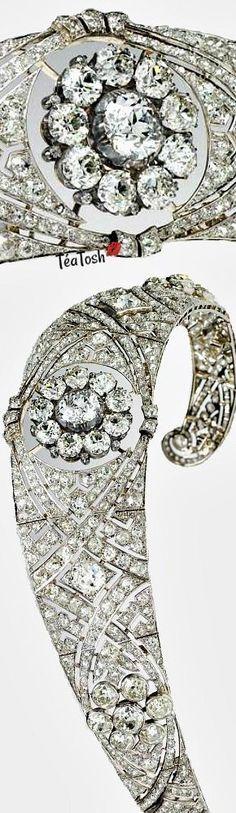 ❈Téa Tosh❈ Royal Wedding Tiara, Royal… Meghan Markle wore it beautifully! A Classic Beauty!