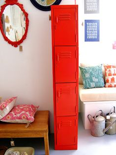 Red Locker From Vamp