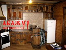 Кухня под старину в загородный дом от торговой марки Абажур всего за 25тр метр.