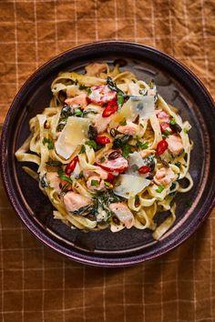 Olívás stangli | Street Kitchen Ravioli, Pasta Recipes, Pasta Salad, Tofu, Food Porn, Food And Drink, Low Carb, Dinner, Cooking