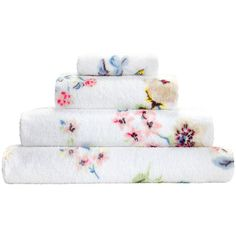 Cath Kidston Scattered Pressed Flowers Towel - Face Cloth (85 ZAR) ❤ liked on Polyvore featuring home, bed & bath, bath, bath towels, pink, flowered bath towels, floral bath towels, cath kidston and pink bath towels