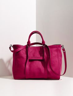 Longchamp bags(Longchamp Le Pliage Hobo Bag,Longchamp Le Pliage Large Tote Bag),I have every color above and still want more. LOVE THESE,they fold so flat and small easily lightweight and durable.