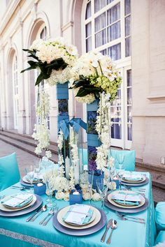 mantel turquesa, servilletas azules