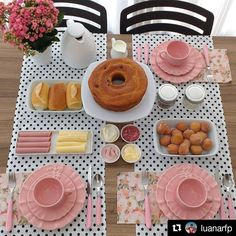 An afternoon tea for three Brunch Party, Tea Party, Food Decoration, Table Decorations, Food Platters, Easy Home Decor, Dinner Table, Food Presentation, Afternoon Tea