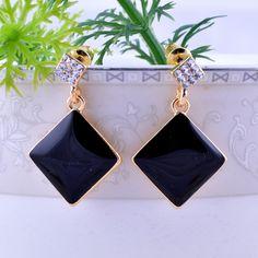 #Elegant #Earrings #Hot #Ear #Drops http://www.beads.us/product/Zinc-Alloy-Drop-Earring_p355067.html?Utm_rid=219754