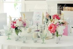 dekoracja stołów weselnych piwonie - Szukaj w Google