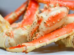King crab, or stone crab, is a type of shellfish with extremely long legs. They are usually cooked after they are caught and frozen to preserve freshness. The tender white meat is cooked for only a few minutes and served with butter. You...