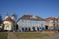 Timişoara - Piata Unirii Plaza, Mansions, House Styles, Romania, Fancy Houses, Mansion, Manor Houses, Mansion Houses, Villas