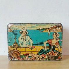 Preciosa lata francesa de galletas de los años 20-30 #vintagetinbox #artdeco #20s #30s