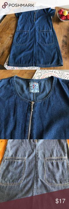 Studio Wear Denim Jumper Size Medium Zipper and pockets Denim Jumper Dress. Dress has been dry cleaned. Studio Wear Dresses Midi