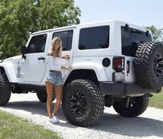 20 Attractive Ladies and Their Lovely Jeep - affordable cars Jeep Sahara, Jeep Wrangler Sahara, Jeep Wrangler Lifted, White Jeep Wrangler Unlimited, Lifted Jeeps, White Rubicon Jeep, Jeep Wrangler Girl, Jeep Wranglers, Jeep Baby