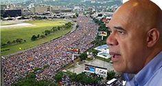"""El secretario ejecutivo de la Mesa de la Unidad Democrática (MUD), Jesús """"Chuo"""" Torrealba, llamó este sábado a la movilización del país para presionar la s"""
