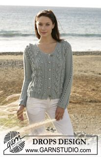 """DROPS cardigan with bobbles and lace pattern knitted in """"Silke-Alpaca"""". Size S - XXL ~ DROPS Design"""