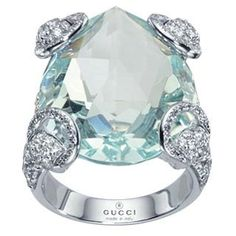 Gucci Horsebit White Gold, Diamond & Beryl Cocktail Ring♡I want this sooo badly! Jewelry Box, Jewelry Rings, Jewelry Accessories, Fine Jewelry, Jewelry Design, Jewlery, Bling Bling, Cartier, Bijou Box