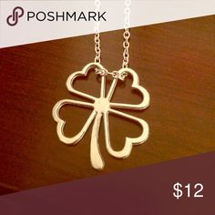 Final Price ⬇️ Lucky Shamrock Pendant Necklace!! Lucky Shamrock Pendant Necklace!!!🌈🌈🌈💚💚💚☘️☘️ Jewelry Necklaces